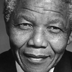 Отиде си Нелсън Мандела