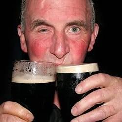 Защо лицето ти става червено, когато пиеш и тревожен сигнал ли е това?