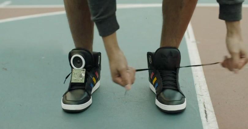Google и Adidas създадоха говорещи обувки за истински ценители