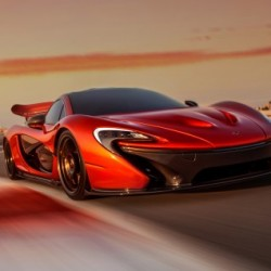 Кола за почти милион евро се продава като луда- McLaren P1