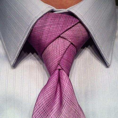 """Елегантни и оригинални – как да си вържем """"Eldredge """" възел на вратовръзката"""
