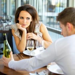 Нещата, които тя задължително ще забележи на първата среща (съветите на една жена)  (част 2)