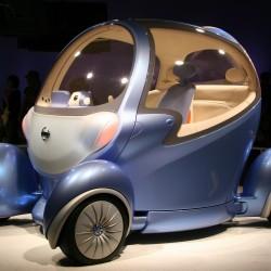 Nissan Pivo – говорещата кола на бъдещето