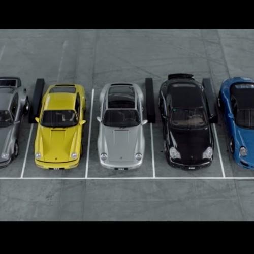 """7 поколения Porsche 911 пеят """"Happy Birthday"""""""