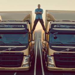 Супер реклама на Volvo с Жан Клод Ван Дам