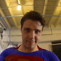 Супермен с камера – GoPro