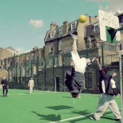Freerun style футбол – не правете това у дома!