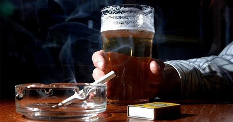 Пушенето разваля вкуса на бирата