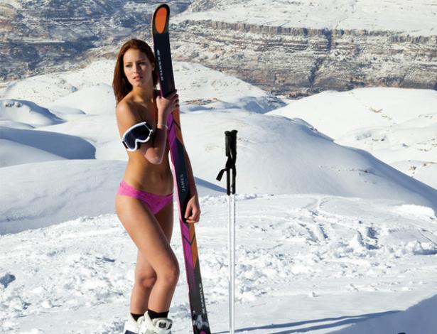esquiadora-jackie-chamoun-do-libano-posa-para-calendario-sensual-austriaco-1392146037249_615x470