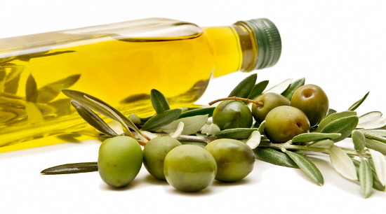 olive-oil-beauty