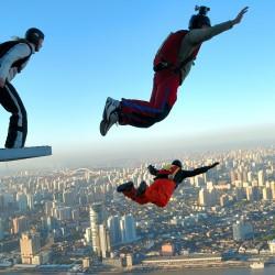 Да увеличим адреналина с BASE Jumping