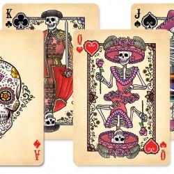 Карти за игра – историята и игри с карти