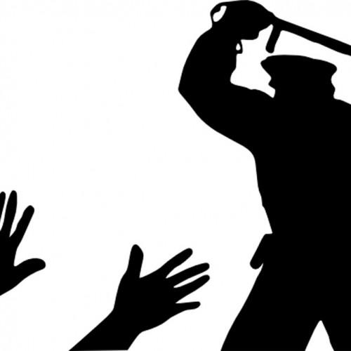 Заснети кадри от полицейска бруталност, защото родната полиция ни пази…