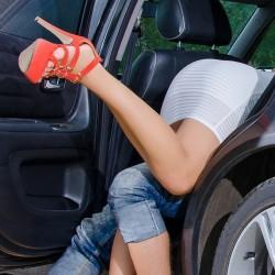 10 те най-добри пози за секс в кола 18+