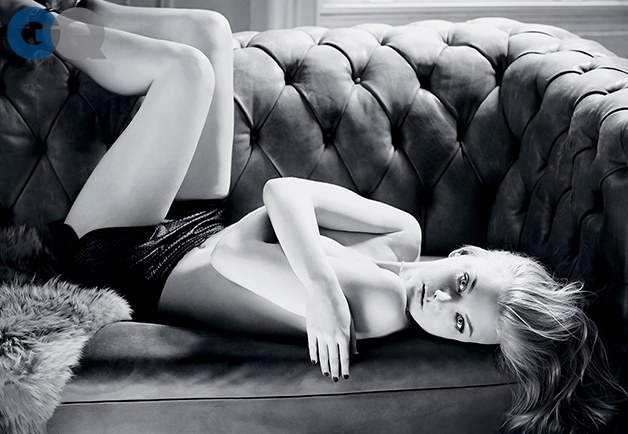 copilot-women-photos-201404-1396292844970_natalie-dormer-gq-magazine-april-2014-game-of-thrones-sexy-women-photos-05
